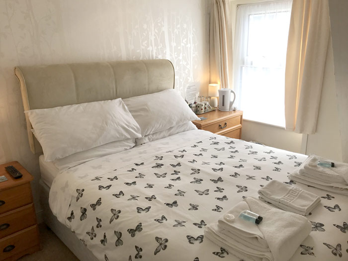 Small double room in the Acorn Lodge B and B